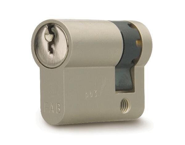 Cylindrická půlvložka FAB 201 RSGDZ /47+10 3 klíče