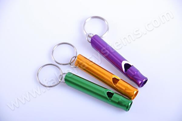Přívěsek na klíče píšťalka kovová ELOX malá