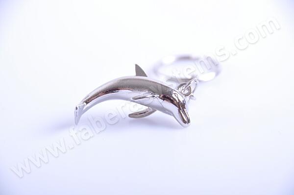 Přívěsek na klíče Delfín kovový