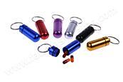 Přívěsek na klíče - zásobník na léky, geocaching a jiné drobnosti